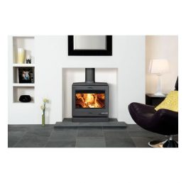 Yeoman CL8 Multifuel and Woodburning Stove