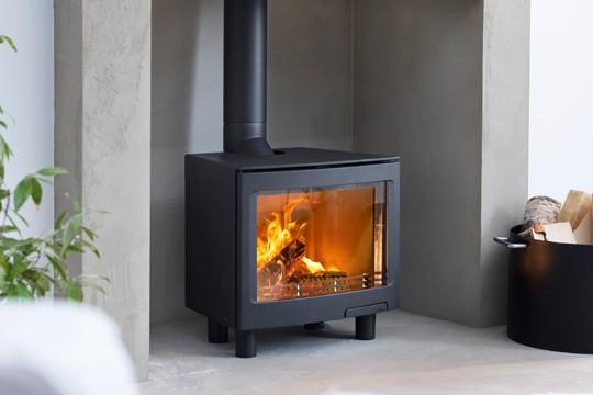 Contura I5 Freestanding Wood Burner Leeds Stove Centre